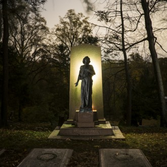 Late October/Early November – Sleep Hollow Cemetery Workshop